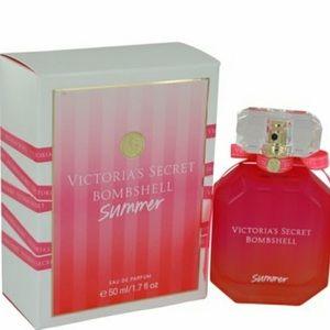 Accessories - Victoria's Secret Bombshell Summer ,1.7 oz.New